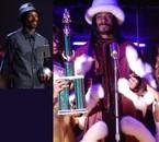 Voici Snoop Dogg et ses 2 Trophées