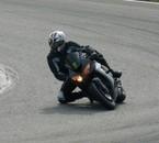 moi avec ma nouvelle moto sur le circuit de la bresse