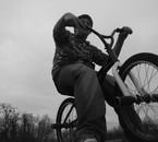 moi sur un vélo