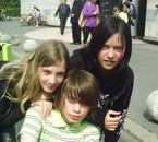 Laura(L) , Marine (L) & Cheri (LL)     25/04/2009 (L)