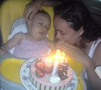 Emma, atteinte d'une maladie orpheline, gangliosidose à gm1