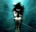 seule dans le noir only in dark