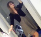 OMG April En Robe :p