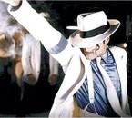 La perfection de la danse eet de la musique,c'est lui ^^(MJ)
