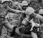 marines à ryuku island okinawa juin 1945