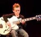 petit prodige de la guitare