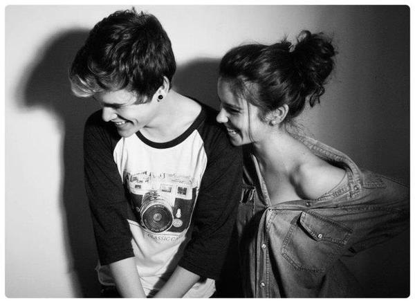 « Seul celui qui est heureux peut répandre le bonheur autour de lui. »  P.Coelho