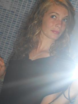 Laa Blondee..