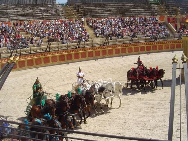 Sports et Divertissements _ _ Jeux (Rome antique)