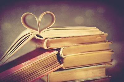 « Des amis et des livres, ayez-en peu, mais bons. » Proverbe espagnol