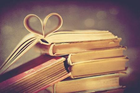 « Une pièce sans livres, c'est comme un corps sans âme. » Cicéron