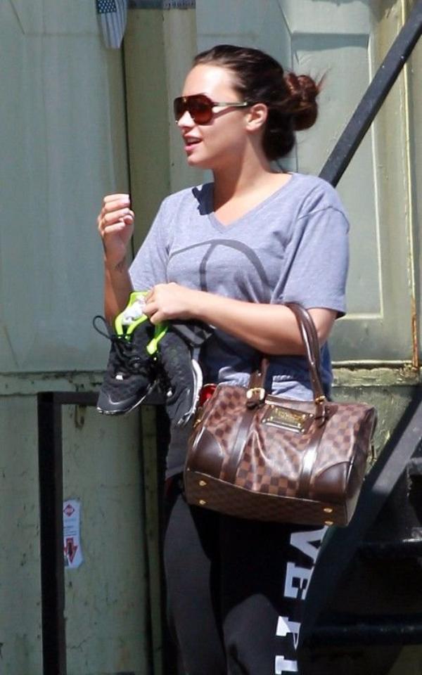 Demi Lovato fait de l'exercice physique… Pour ressembler à son modèle Brit-Brit ? (photos)