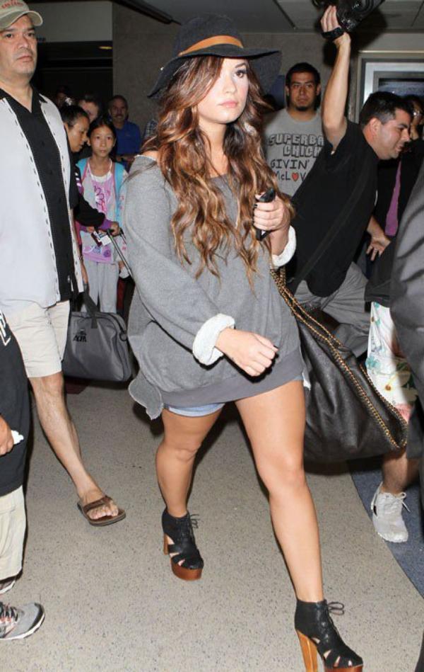 Photos : Demi Lovato, sur la voie de la canon-attitude !