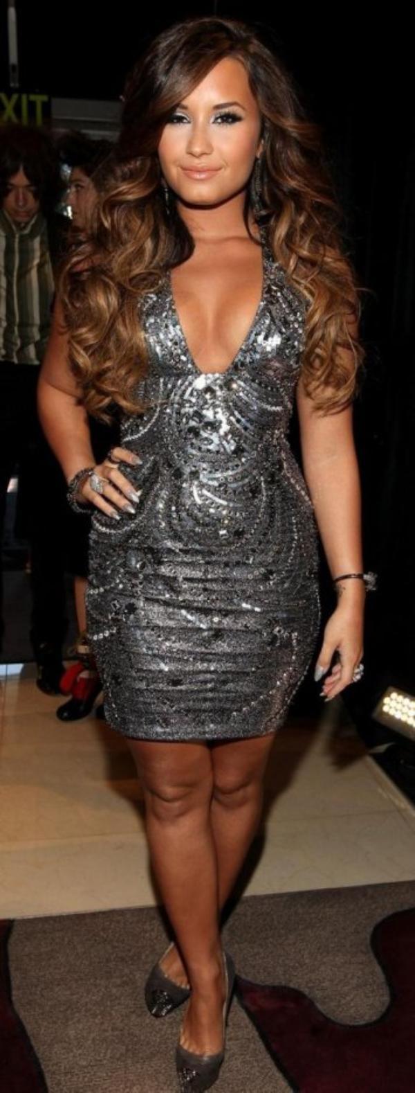 LOOK DE DEMI LOVATO : AUX MTV VMA 2011
