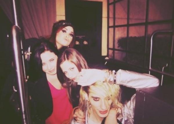 Demi Lovato : Elle s'amuse comme une petite folle ! (Photos)
