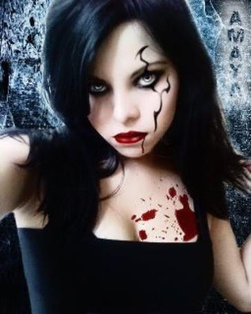 une fille qui aimera toujour coter la souffrance et les éténèbre !!!!!! <3