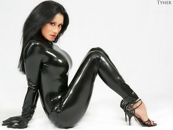 Sexy-Latex hummmm