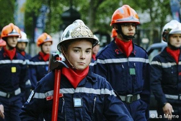 Emag: Devenir pompier ... ça vous tente ?POMPIERS VOLONTAIRE