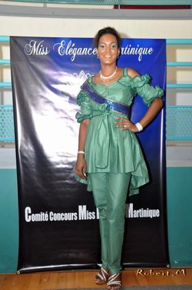 """Clarisse Prétendante au titre de Miss """"Elégance Martinique"""""""