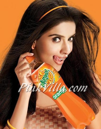 Mirinda and Asin bring out the 'pagalpanti' in you!