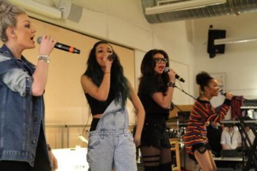 08/05/13:Les Little Mix à BBC Radio 1