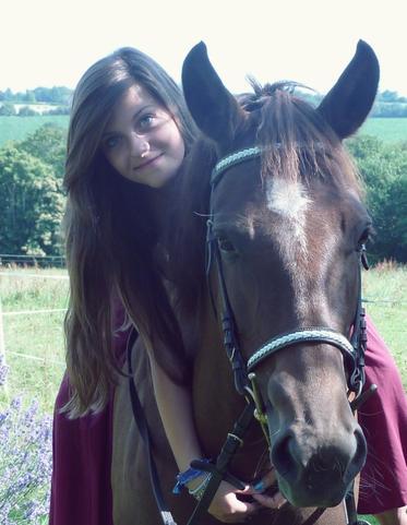Si un jour mon cheval et moi venions a tomber, verifiez bien qu'il se relève avant de vous occupez de moi. Si il ne se relève pas, laissez moi
