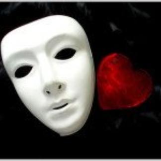 Regarde dans mes yeux et tu verras l'intérieur de mon coeur .
