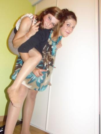 Parce qu'une amie, rien qu'une amie, c'est aussi précieux qu'une vie.