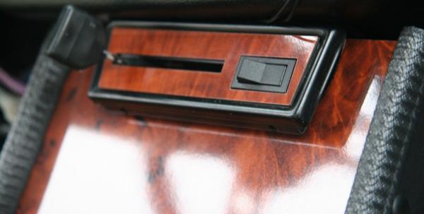 NEW-La garniture de commande chauffage- Type Noyer - Noir Laqué - ou Aluminium brossé