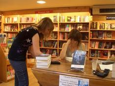 le livre de saskia-dédicace de Marie Pavlenko à Toulouse