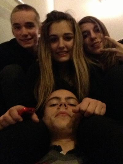 Maxime.F , Maxime.P , emilie et moi