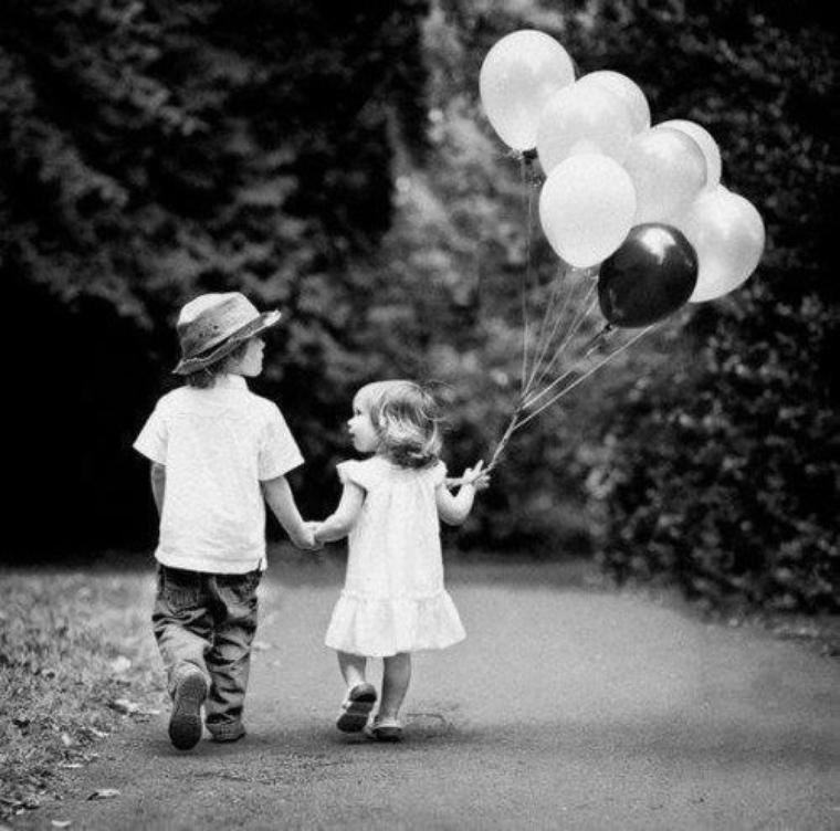 l'enfance est quelques chose que certaines personnes n'ont pas pu connaitre ....<3