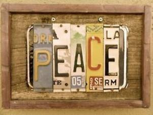 Vous allez voir qu'un jour on va nous déclarer la paix et que nous ne serons pas prêts.  - Tristan Bernard