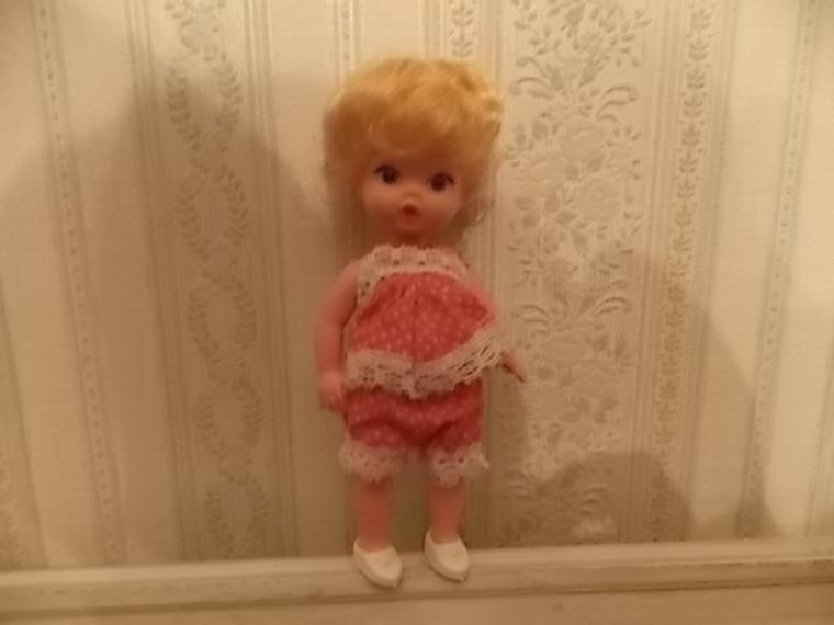un petit cherubin de 16 cm
