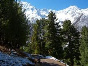 Explore the Unending Glorious Snow Cap Beauties of Himachal Pradesh