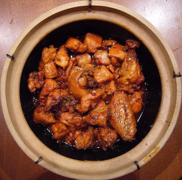 Aujourd'hui je m'attaque a la cuisine asiatique èOé (sort des baguettes)