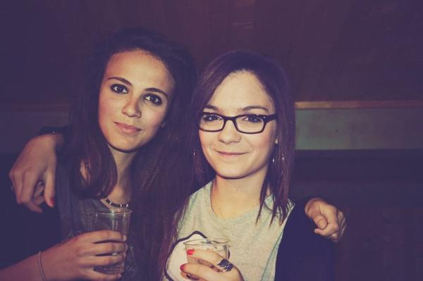 « L'amitié c'est comme une drogue sauf  que celle-là elle se prend sans modération. »