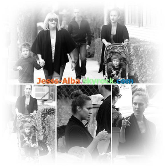Lundi 13 Juin: Jessica avec sa fille et sa mère se sont rendus dans un magasin à Beverly Hills
