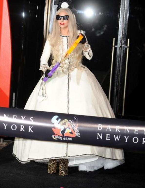 Lady Gaga inaugure son atelier
