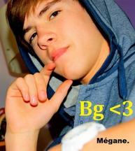 Sosie de Justin Bieber : ( Christopher BIEBER <3 )