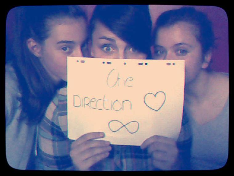 I'm a Directioner and proud :)