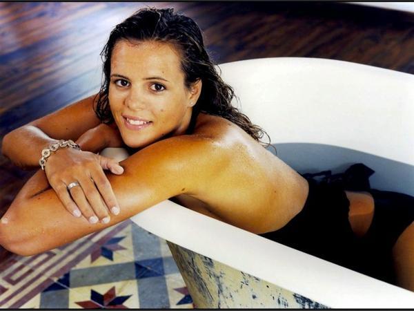Laura Manaudou (1986)