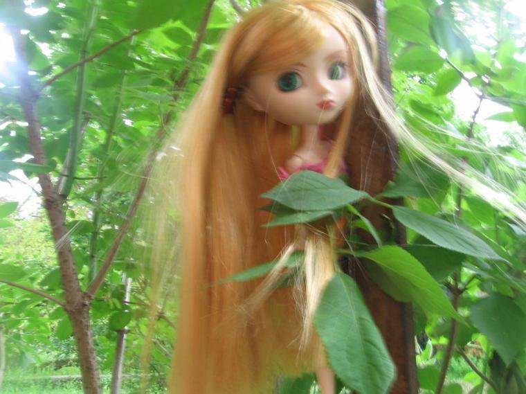 Pauline in Wonderland