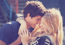 J'aimerais que le temps s'arrête lorsque je suis dans tes bras. (20.06.011)