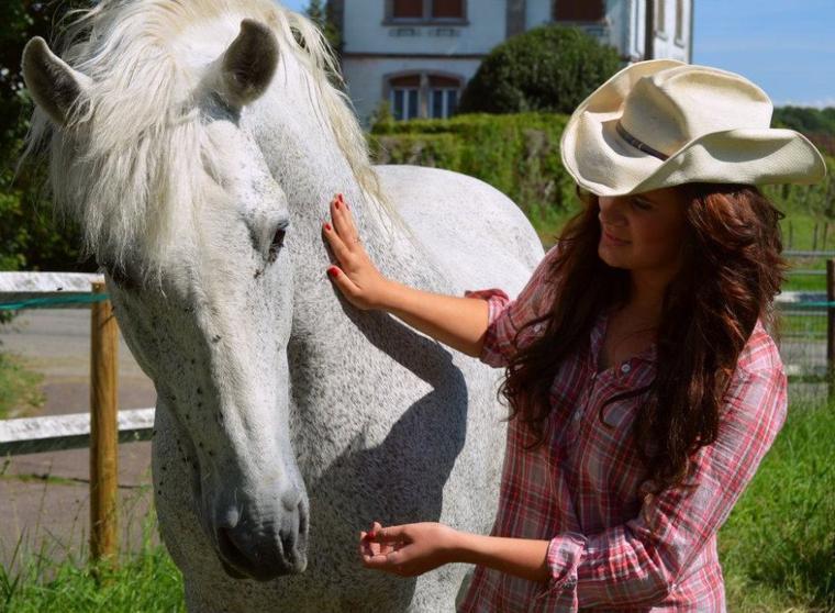 - Gabelo, mon petit cheval espagnol, cela va faire 7ans qu'il partage ma vie♥.