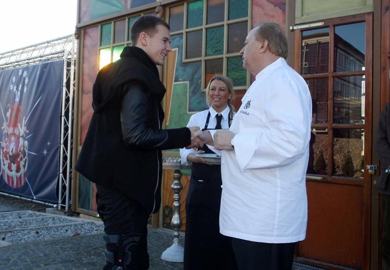 Holger à la fête de Noêl du Bayern (8.12.2013)