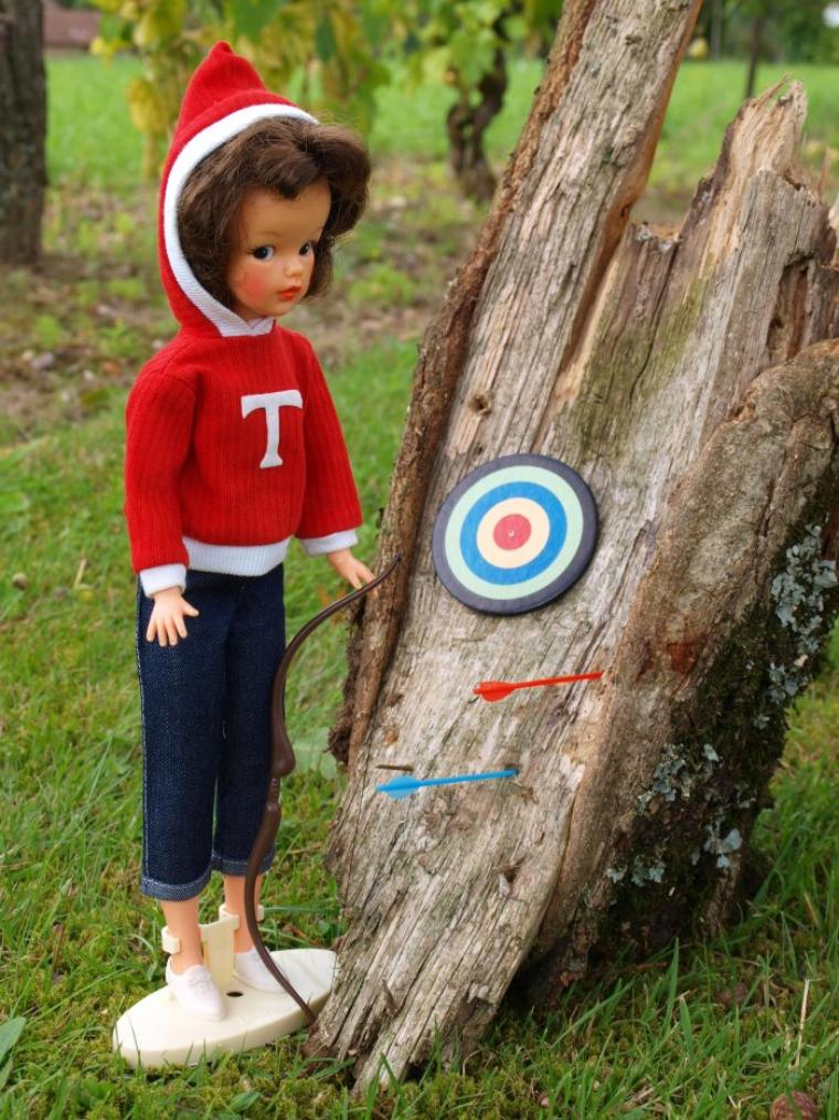 "TAMMY DOLL - IDEAL TOYS - ""BEAU AND ARROW"""