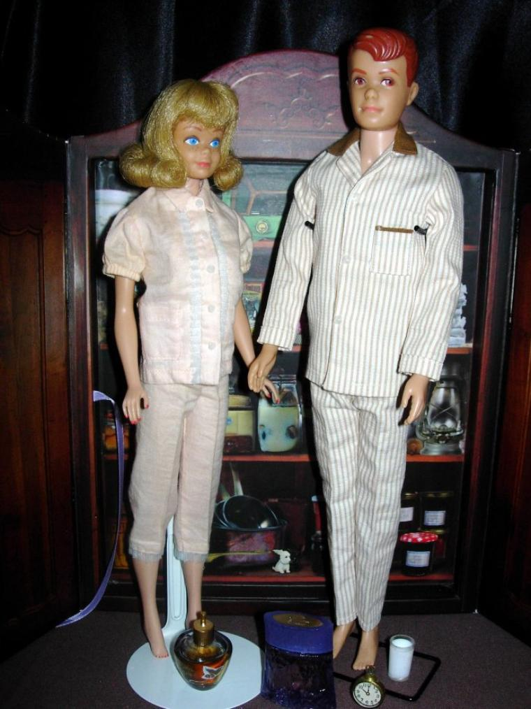 "BARBIE & KEN VINTAGE ""PAJAMA PARTY"" !"