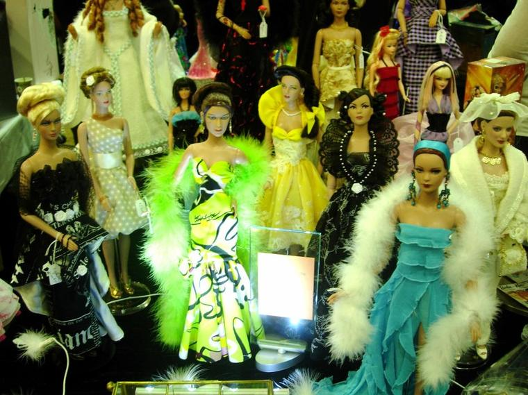 PARIS FASHION DOLLS 2012