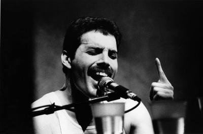 Mr. Bad Guy / Freddie Mercury - Living On My Own (1985)